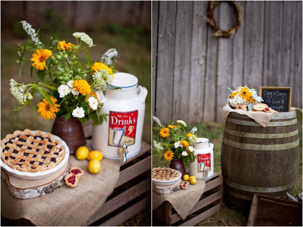 Longhorn Ranch Inspiration Shoot by K.Lindmeier Photography via www.lemagnifiqueblog.com // #wedding