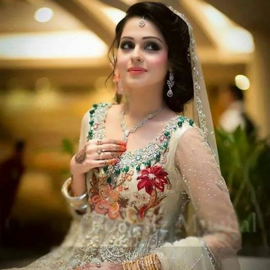 Beautiful Desi Brides Hot Look