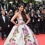 Sonam Kapoor at Jeune and Jolie premiere at Cannes