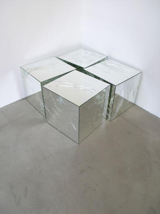 Jeppe Hein, Broken Mirror Cubes, 2005