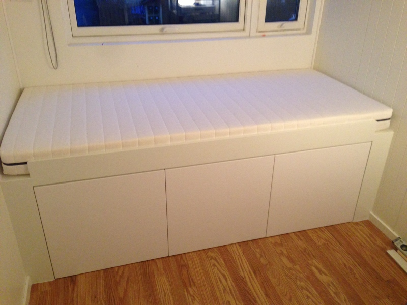 Hampers ikea and out door on pinterest for Ikea bed hack storage