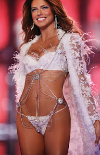 Adriana Lima Hot+(17) Adriana Lima Hot Picture Gallery