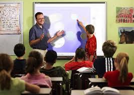 تلاميذ داخل القسم