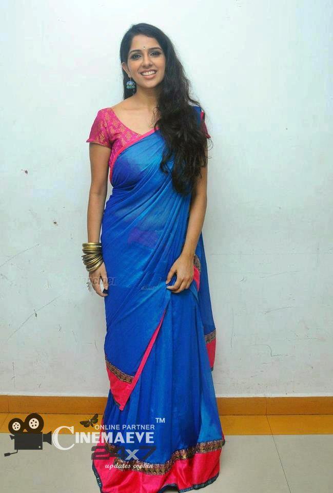 Malayalam actress Aparna Nair hot and cute photos.