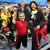 Sweden's Queen holds Albanian National Simbols (Photo)