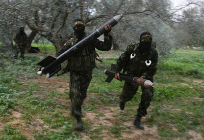 http://2.bp.blogspot.com/-LS7hFVrkOlg/Tk4EYrNY2jI/AAAAAAAAFlA/G03NBKbdVOY/s1600/gaza-rockets.jpg