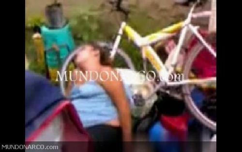 Imágenes correspondientes a la nota: Video Fuerte: Masacran a una ...