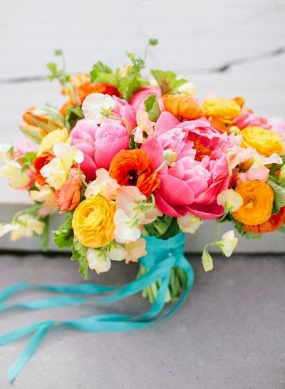 http://www.thebridescafe.com/?postID=2143&summer-bouquets