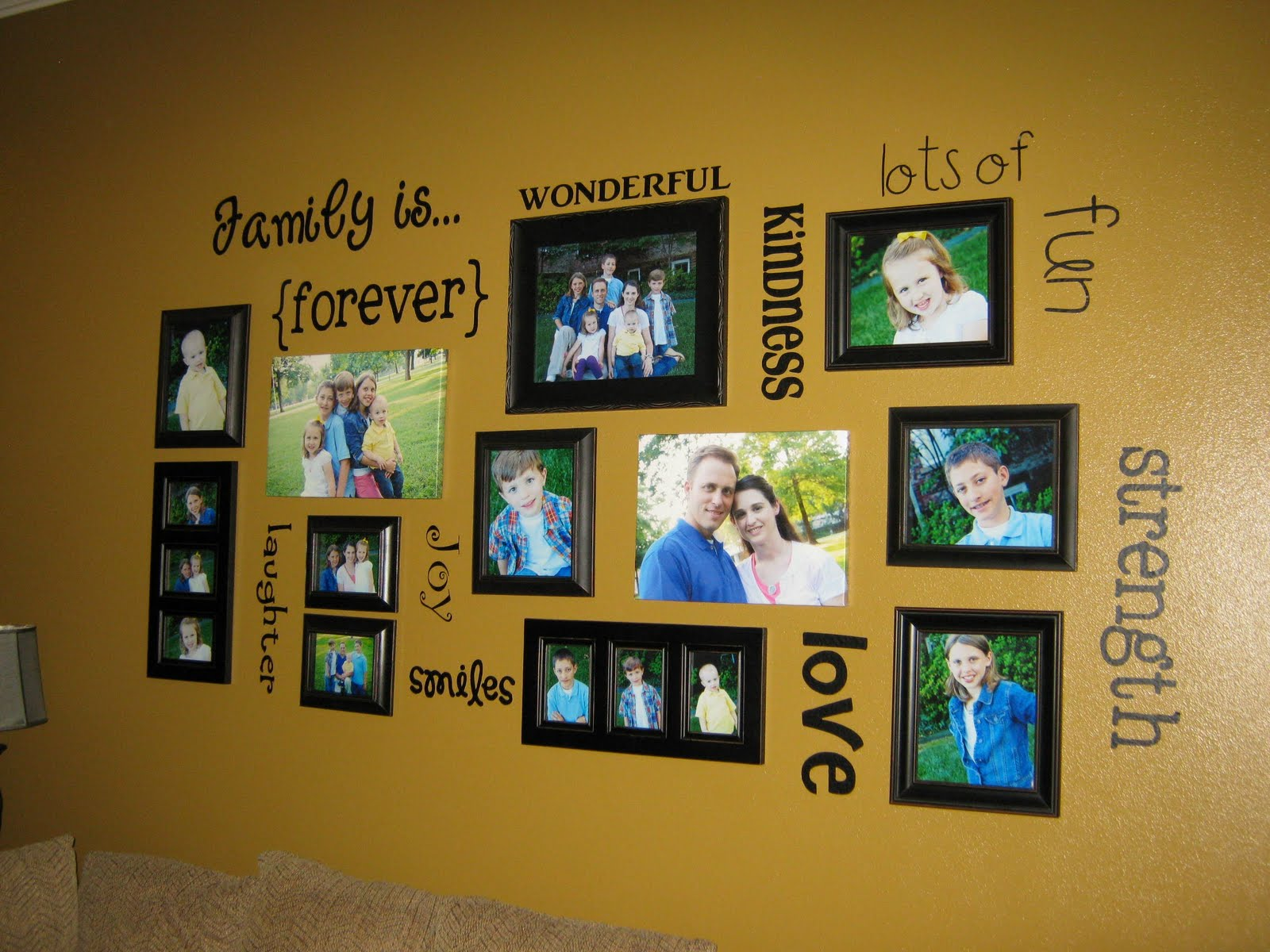 Ginger Snap Crafts: fab friday {family wall}