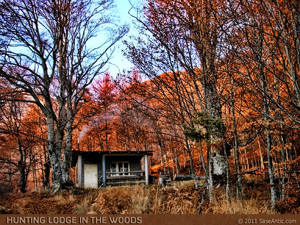 Hunting lodge in the woods (Senokos plateau, Vratnica)