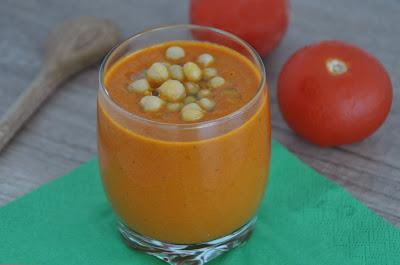 Tomatencremesuppe mit Kichererbsen