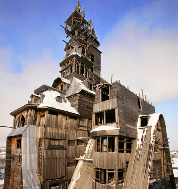 The Giant Home-Made Wooden House