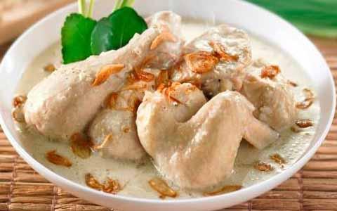 Resep Cara Membuat Opor Ayam Putih