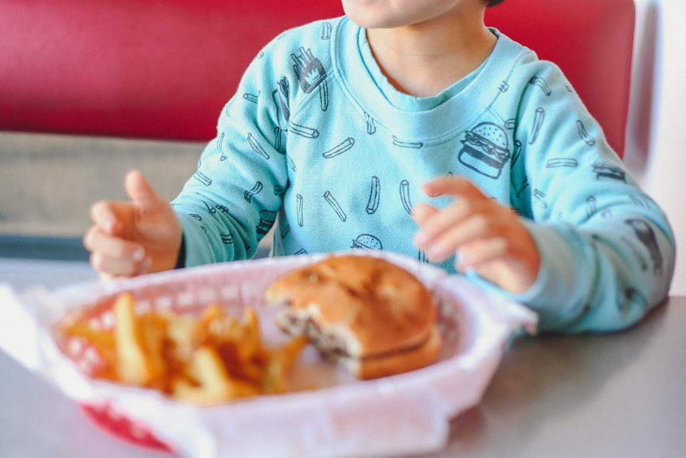 Kira Kids SS15 kids fashion collection - burgers and fries