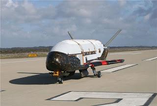 Посадка американского секретного орбитального самолета отложена