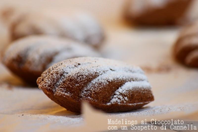 regali di natale home made #2: madelines al cioccolato con un sospetto di cannella