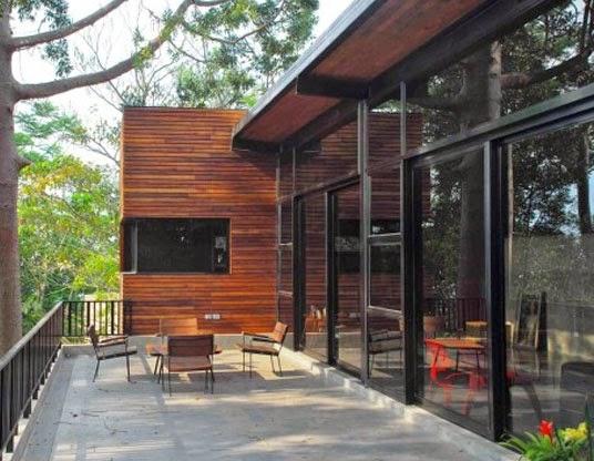 desain balkon rumah