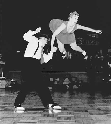 Audiobook Swing Dancing: Put on Your Dancing Shoes and Get