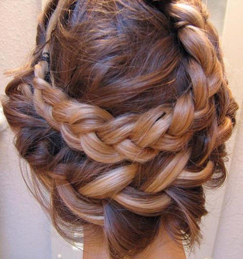 Trenzas lo mas practico moda belleza peinados para - Chicas con trenzas ...