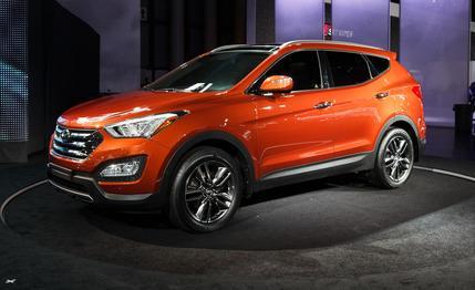 Wilkins Hyundai Mazda  2013 Hyundai Santa Fe  Now In Regular and