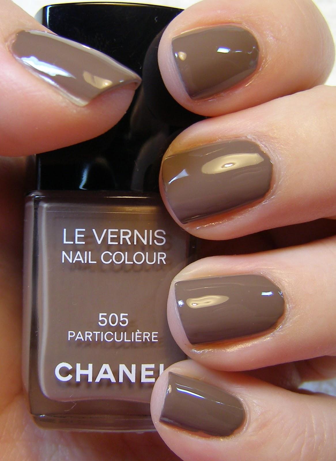 Particuliére Chanel