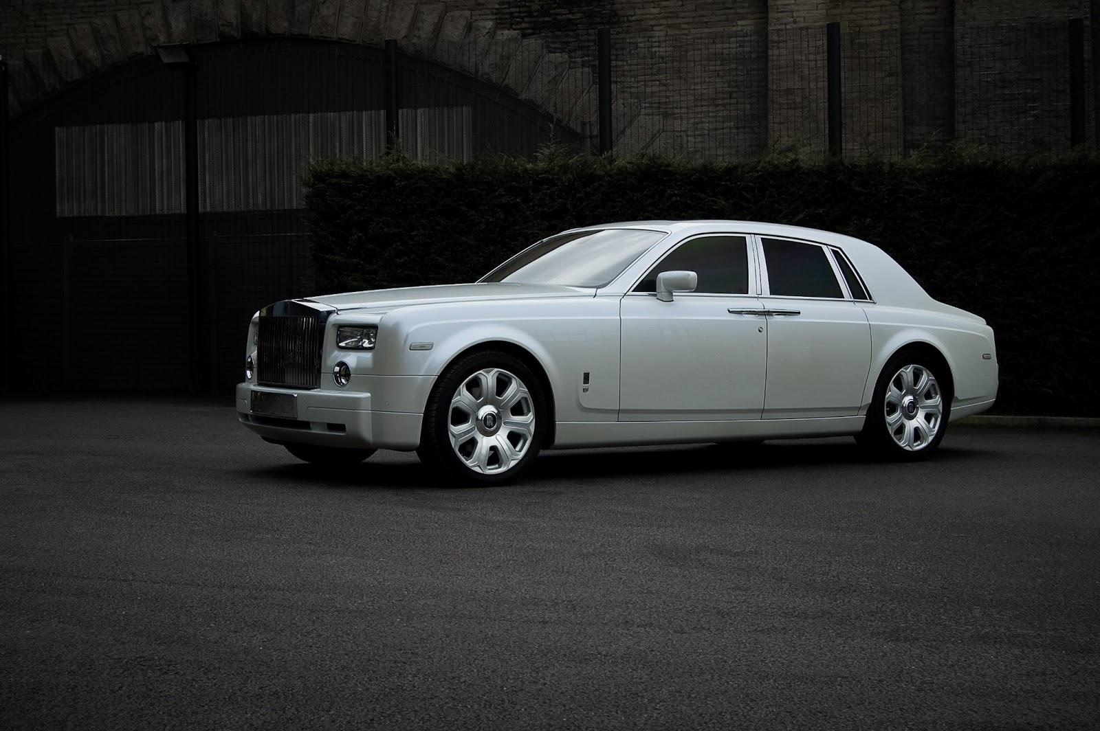 Cars GTO: Project Kahn Pearl White Rolls Royce Phantom