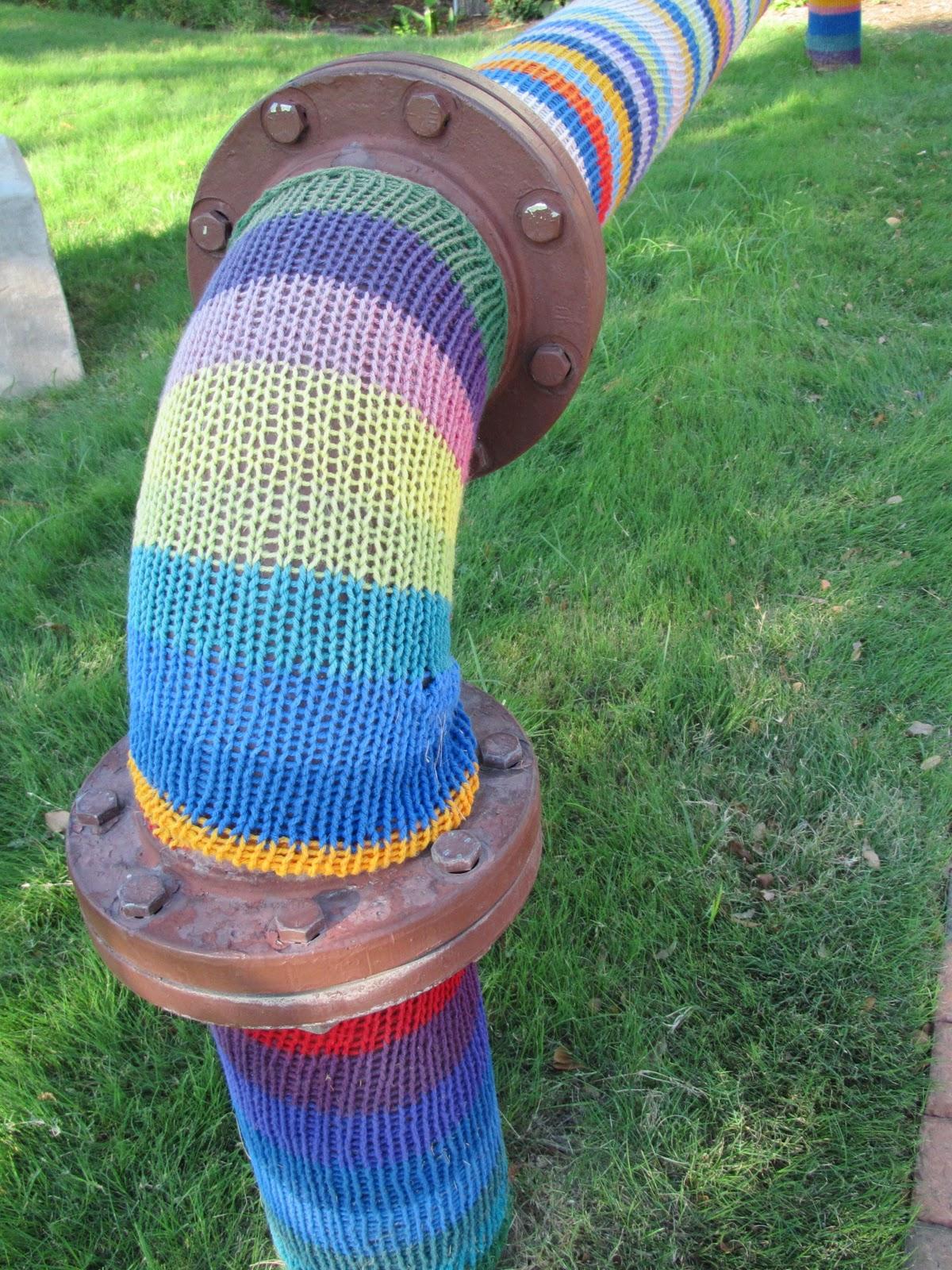 Leslie Tucker Jenison: Guerilla Knitting Outside the Culinary ...