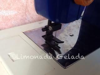 pezinho maquina de costura brinquedo