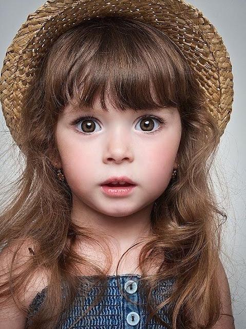 peinados infantiles sombreros