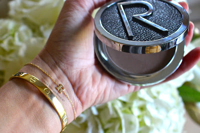 rodial instaglam contouring powder swatches