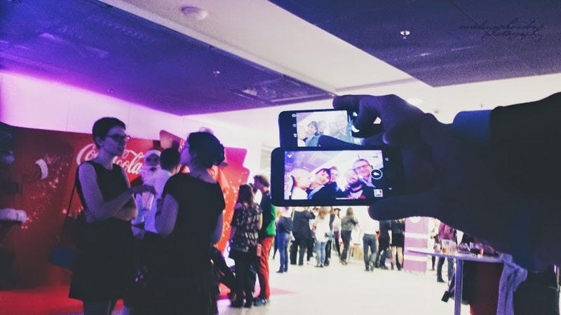 Blogowigilia 2014, Warszawa, Stadion Narodowy, grupowe zdjęcie, zdjęcie w telefonie, selfie