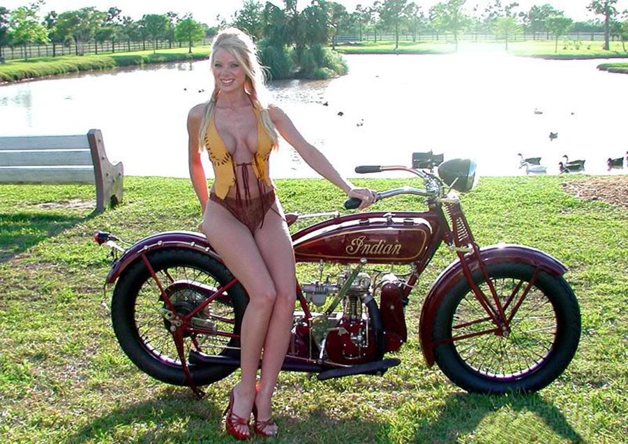 Mulheres em moto Indian, gostosa em moto Indian, Mulher semi nua em moto, Dia do Indio, 19 de Abril, India em moto, gostosa de moto, woman motorcycle , babes on Indian bike, woman on old Indian bike, woman bike, gostosa na moto, sexy on bike, sexy on motorcycle, ragazza in moto, donna calda in moto, femme chaude sur la moto, mujer caliente en motocicleta, chica en moto, heiße Frau auf dem Motorrad