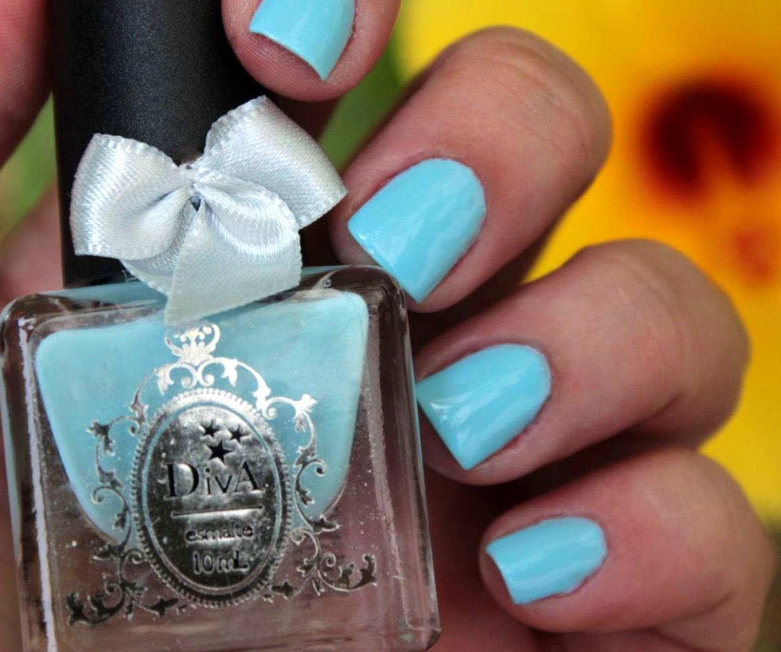 diva cosmetics, diva, mão feita, carol, esmaltes, nailpolish, azul, cremoso