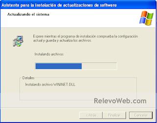 Asistente del Sistema Operativo instalando el parche de actualización