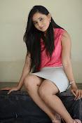 Ishika singh latest glamorous photos-thumbnail-20