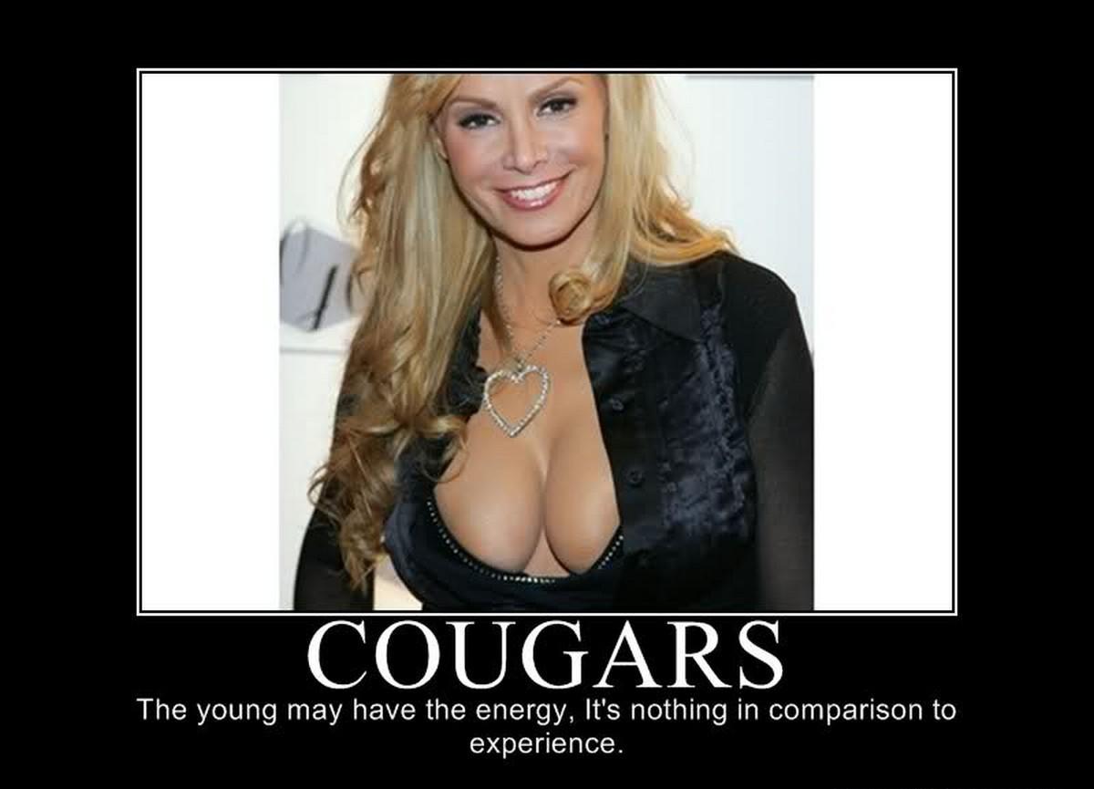 Cougar Women Sexy 44