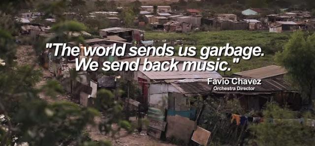 """Μουσική από σκουπίδια. """"Ο κόσμος μας στέλνει σκουπίδια, εμείς του επιστρέφουμε μουσική"""""""