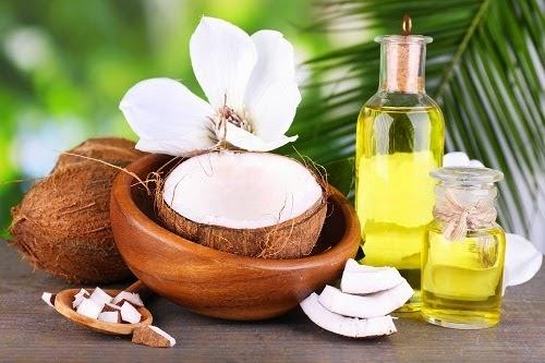 Cách điều trị thâm môi bằng dầu dừa hiệu quả nhanh nhất
