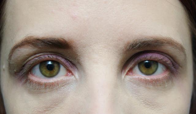 Makeup, Review, Covergirl, Lashblast, Volume, Length, Blasting, Fusion, Beauty, Toronto, Ontario, Canada, The Purple Scarf, MelaniePs, Eyelashes, Buzzagent