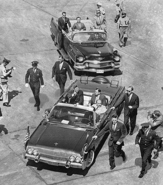New Orleans 1962- SAs Kunkel, Warner, and Kellerman run with limo