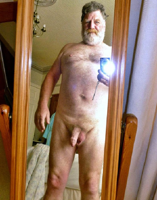 iCam+-+SilverBeard Thick Uncut Cock on Silver Daddy