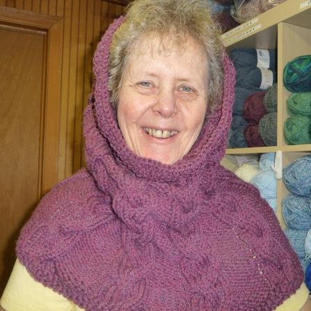 Free Knitting Pattern Long Cowl : Yarns With A Twist