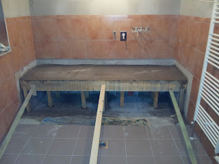 unser traum pro haus garage und waschraum. Black Bedroom Furniture Sets. Home Design Ideas