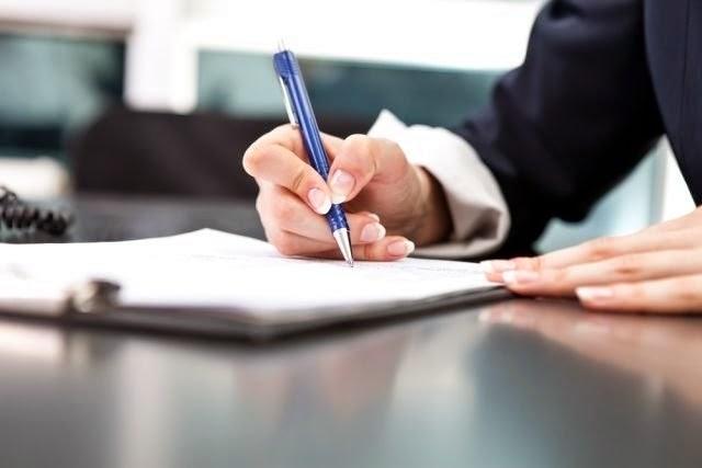 Contratos administrativos x Contratos da administração