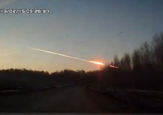 Ateroid Jatuh Di Rusia 15 Februari 2013