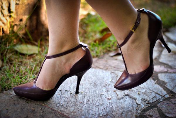 sapato - vinho - sandália - salto alto e fino - dança de salão - tango
