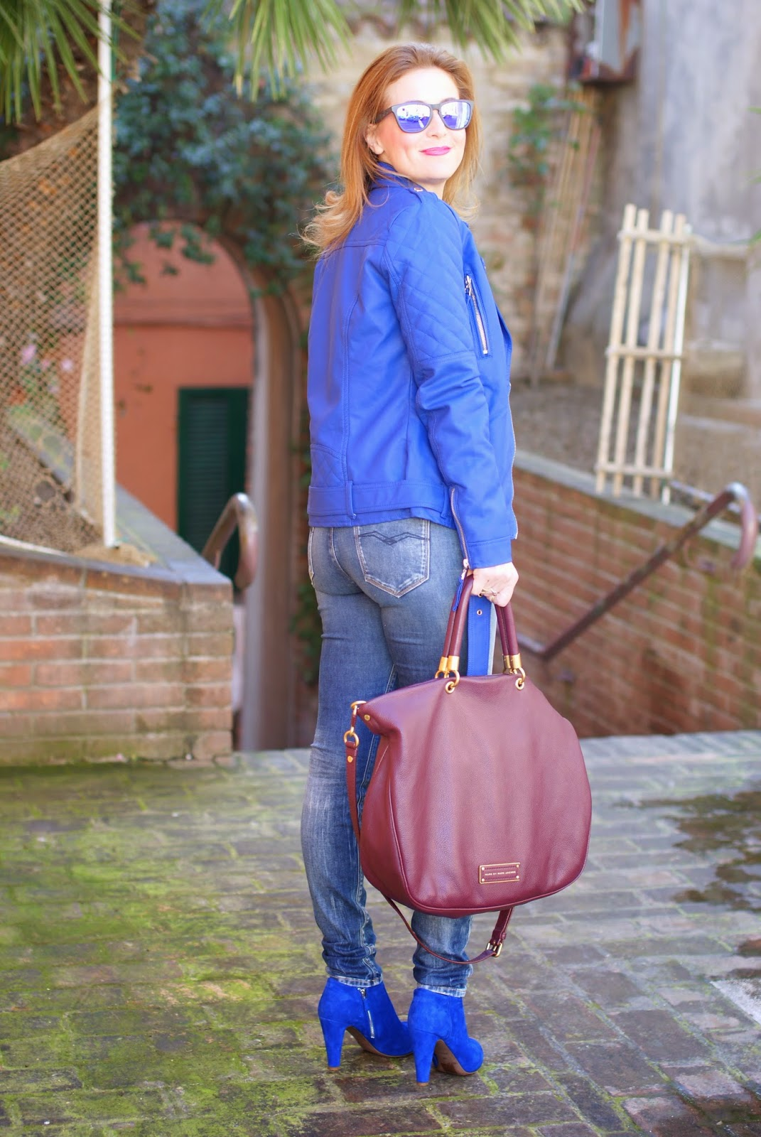 Too hot to handle tote, See by Chloé cobalt blue ankle boots, Morgan biker jacket, Fashion and Cookies, fashion blogger