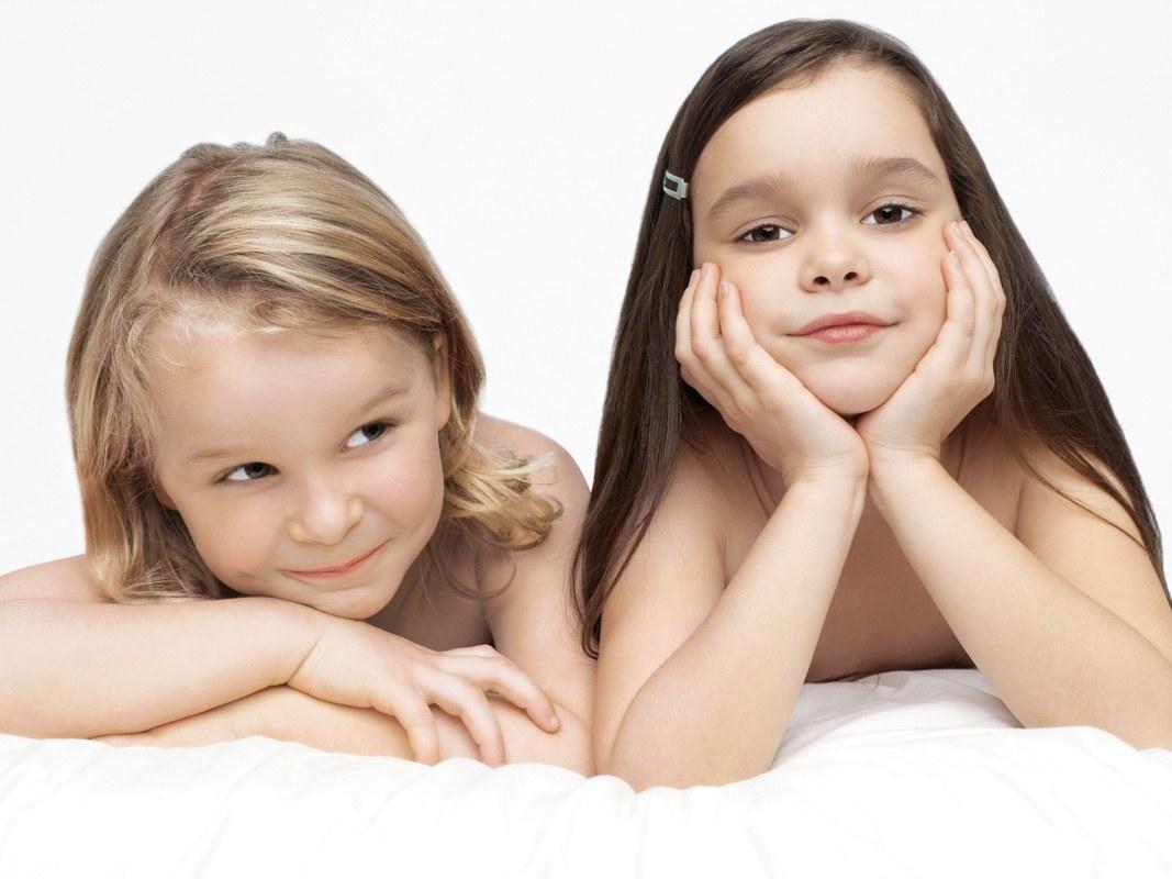 http://2.bp.blogspot.com/-LXHWZKAmJMk/T8s_ozRGZyI/AAAAAAAAEx8/AT3daE1HbwY/s1600/Cute_kids_smiling_wallpapers.jpg