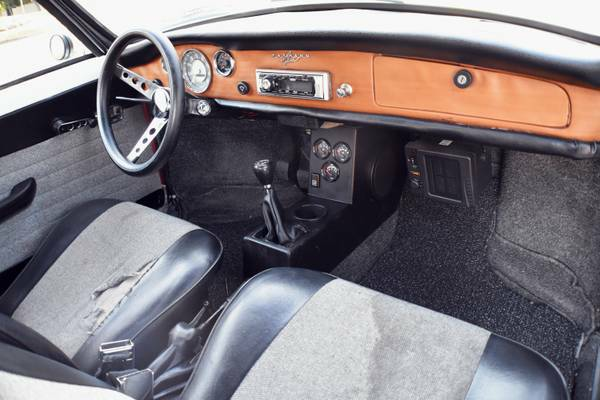 1970 Volkswagen Karmann Ghia Coupe - Buy Classic Volks