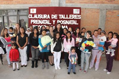 Grupos de apoyo para adolescentes embarazadas